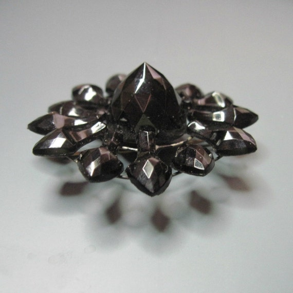 Large Antique Victorian Mourning Brooch - French Jet - Black - Flower - C1900 - Damaged But Wearable - Repurpose