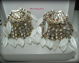 Vintage Dangle Earrings Rhinestones and White Lucite Leaves Shimmy and Shine  Fan Dancers