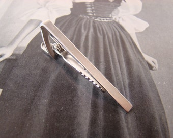 With Gift Box! Skinny Tie Clip - Matte Silver, Great for Groomsmen's Gifts, No. TC999S
