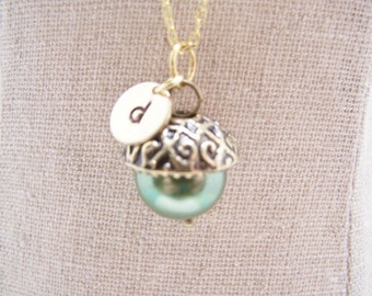 ONE Personalized Pearl Acorn Necklace in Leaf Green. Bridesmaid. Friendship. Love. Peter Pan. Wendy. Kiss