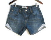 Levi's 527 Faded Denim Shorts Embellished Lace Zip Fly Jeans Streaked Blue W 29 30 Shorties