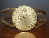 Vintage Zodiac Bracelet - AQUARIUS - Goldtone - Retro 70's