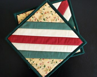 cotton potholders mug rugs snack mats red green cream set of two housewarming wedding first apartment Quiltsy Handmade
