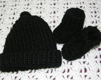 Black cap and booties