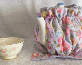 Teapot Cozy Lavender with Mix Color Flowers Size 4-5 Cup Tea Pot/Kitchen Decor/ Home Decor/Housewarming Gift/ Hostess Gift/ Teapot Cosy