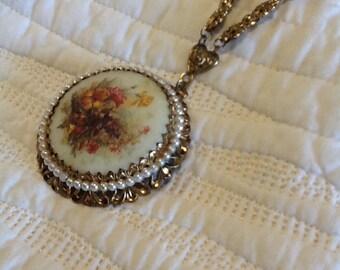 SALE was 37.00 Vintage Gold Filigree Floral Pearl Pendant