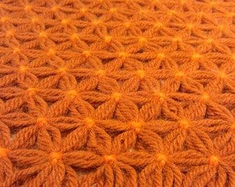 Retro doily made with yarn