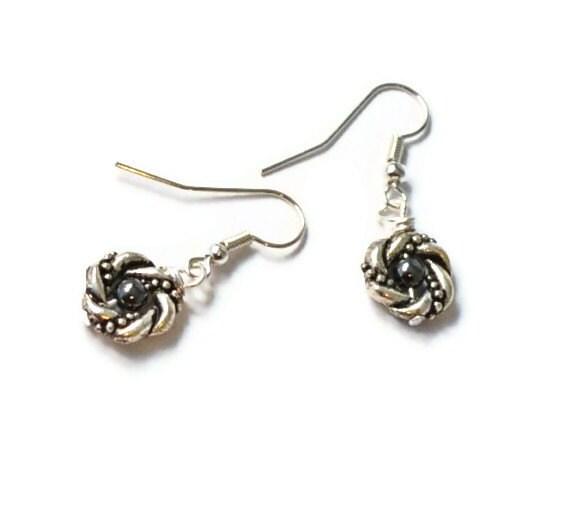 Silver and Black Beaded Earrings, Beaded Jewelry, Hematite Jewelry, Handmade Earrings
