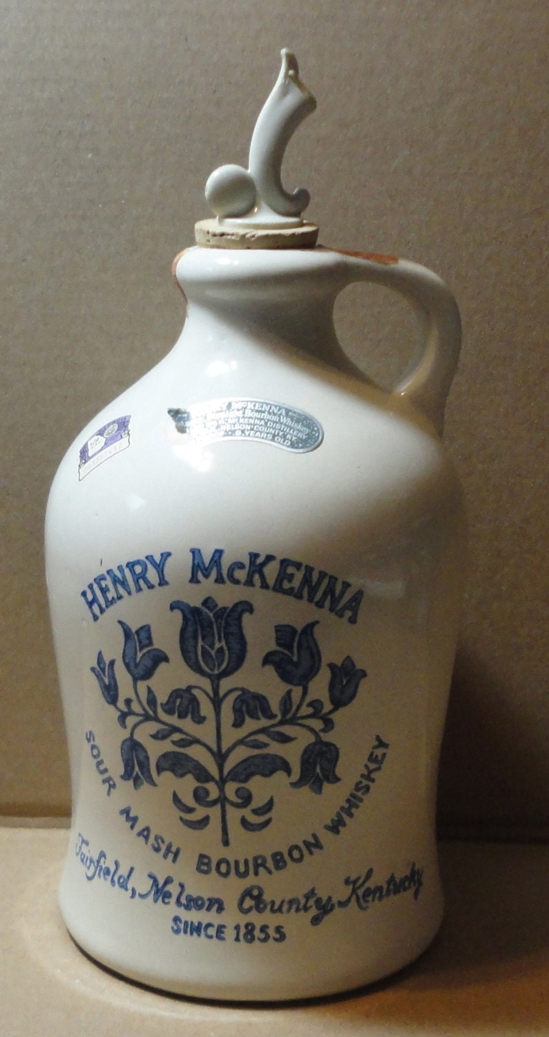 1975 Henry Mckenna Sour Mash Bourbon Whiskey Jug Decanter