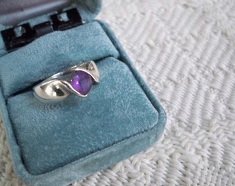 Vintage Sterling Silver / Amethyst Ring February Birthstone Size 8