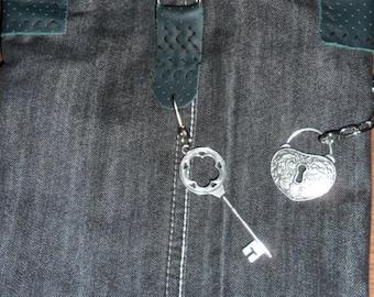 Steampunk Deep Bucket  Padlock and Key Across Body  Bag