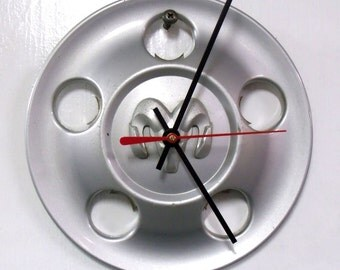 Recycled Wall Clock made from a Dodge Ram Center Cap