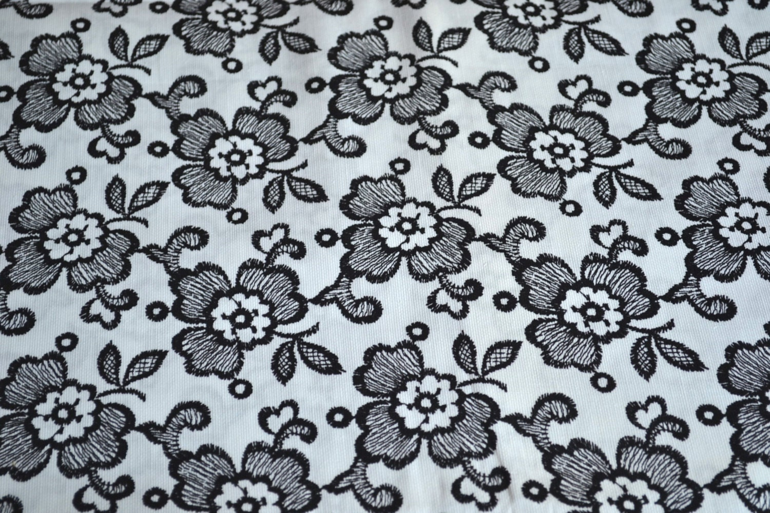 Vintage Fabric Black and White Floral By the by pumpkintruck