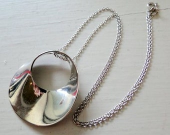 Eternity Pendant Necklace Sterling Silver Modernist Mid Century Circle