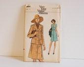 Vintage 1970s Vogue Dress and jacket Pattern 8984 size 10
