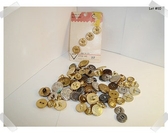 Vintage Buttons/Assorted Lot/ 2 & 4 Holes/ Shanks/ Craft Supplies/ (#10)*