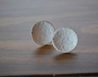 Enameled white disc stud earrings forged hammered copper