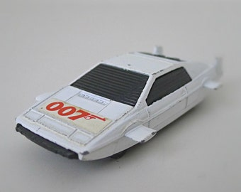 James Bond 007, Roger Moore, Corgi Juniors Lotus Esprit Submarine Car - 70's Diecast Toy Car, Collectible Car Toy - The Spy Who Loved Me