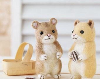 DIY handmade Japanese Felt Wool 2 Hamsters Friends Doll Kit Packages