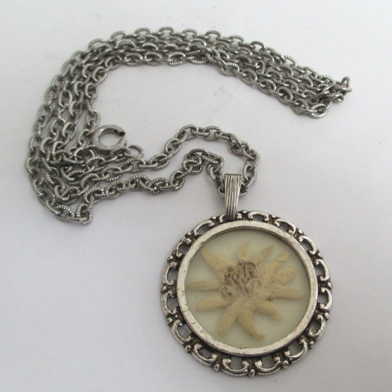 Edelweiss Pendant Necklace Vintage Bubble Locket By Vgvintage
