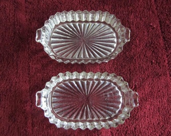 Pair of Unmarked Heisey glass ashtrays or condiment dishes