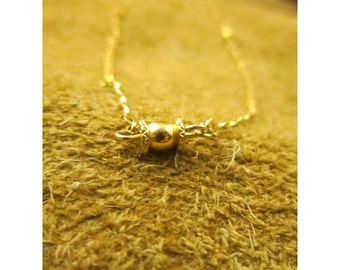 Delicate Gold Tone Chain & Barrel Bead Vintage Necklace