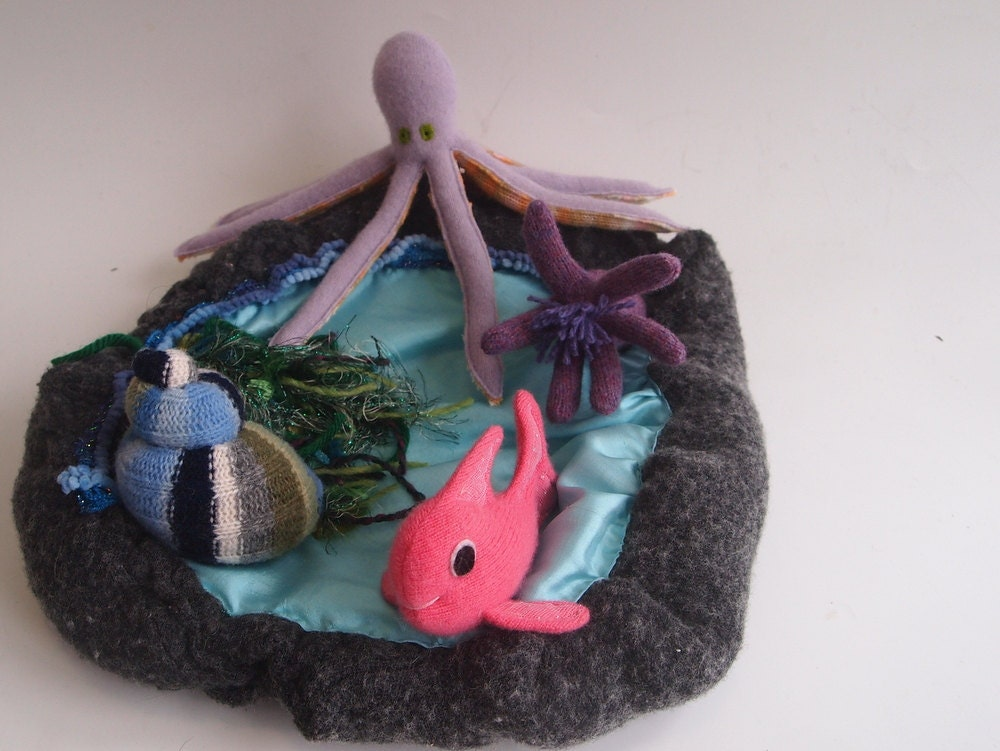 Waldorf tide pool all natural toy waldorf toy ecofriendly for Puffer fish stuffed animal