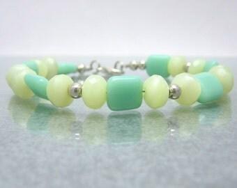 Blue Green Yellow Glass Bracelet - Beaded Bracelet - 7.75 Inch