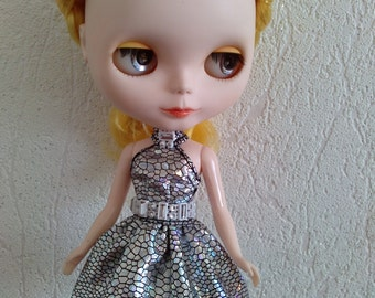 Sew a dress for Blythe and Momoko