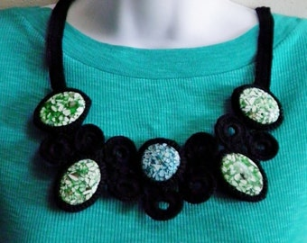 Crocheted necklace with magnesite