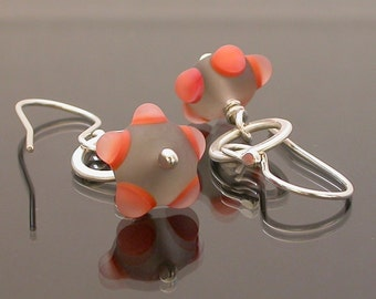 Entirely handmade earrings of lampwork glass and silver, Tiny Circles in matte grey and coral, lampwork earrings, etched, artisan earrings