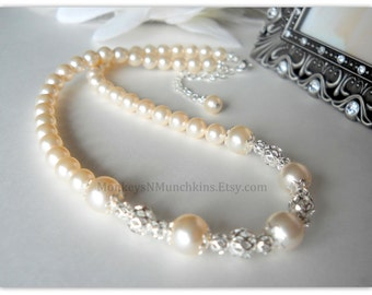 Swarovski Pearl and Intricate Silver Bead Necklace N077