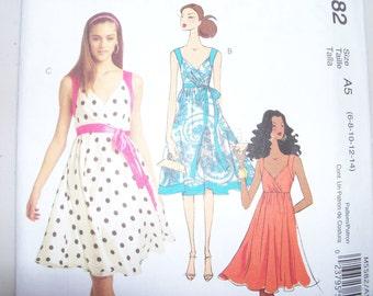 McCalls 5582 Misses Dress and Belt sizes 6 8 10 12 14
