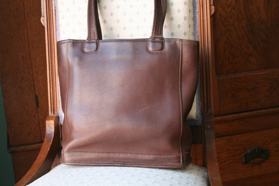 Vintage COACH Mahogany leather shoulder strap tote 9305 PURSE Bag Bucket