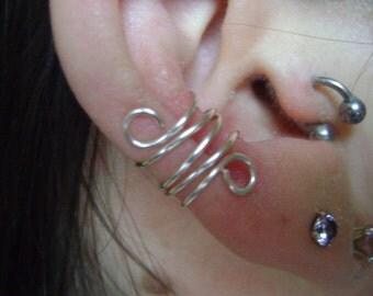 Triple Swirl Ear Cuff
