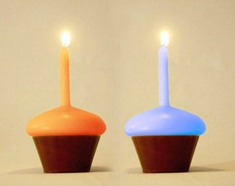 2 CUPCAKE candles - A couple (!!) of vanilla scented candles **SALE**
