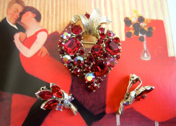 LISNER Strawberry Rhinestone Brooch Earrings Demi Parure Red & Red AB Set Paint the Town Red free gift box