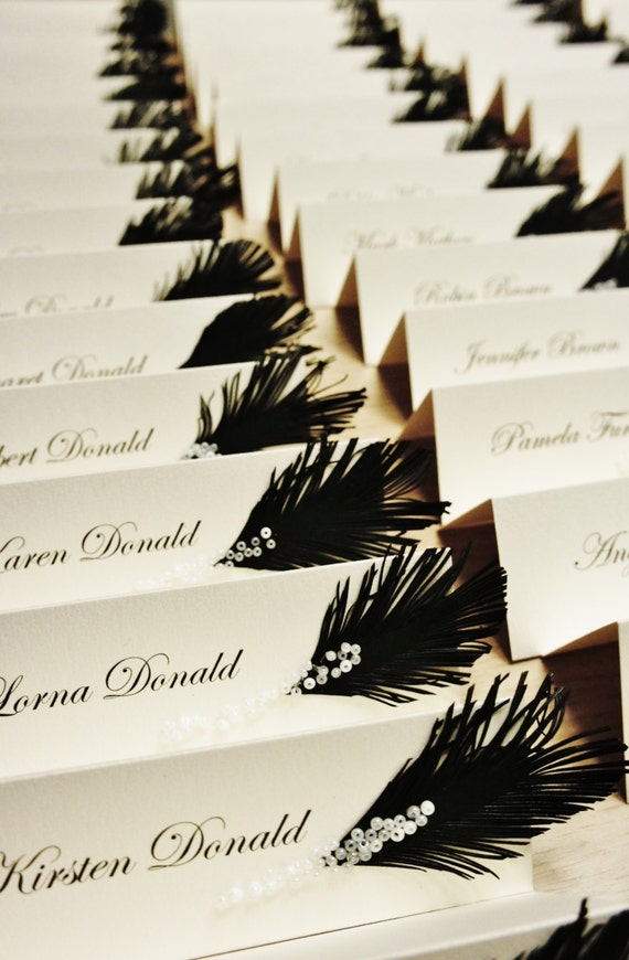 Wedding place cards Black & White | feather and glass beads or rhinestones decor