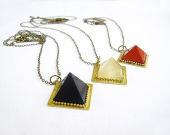 Black Pyramid Necklace,  Geometric Agate Necklace, Minimalist Mineral Necklace
