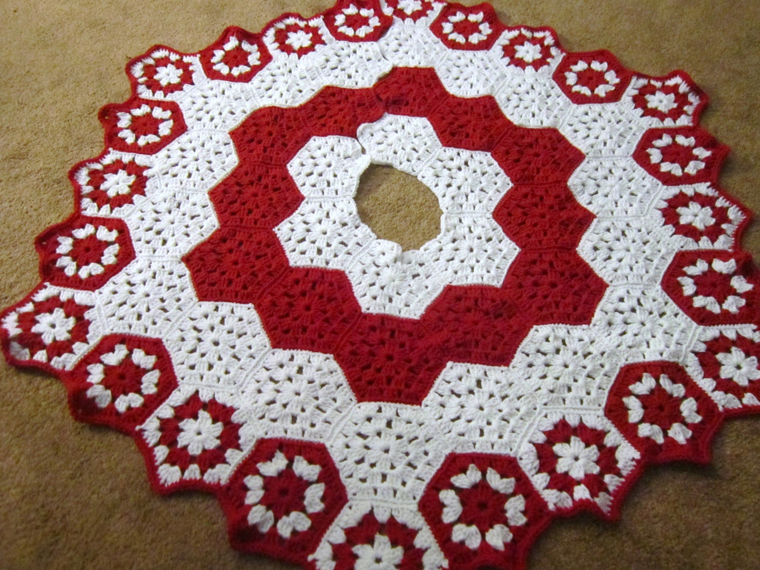 Crochet Xmas Tree Skirt : Christmas Tree Skirt Crocheted Granny by crochetedbycharlene
