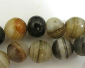 Vintage Tibetan Banded Agate beads - 2 beads - GM028
