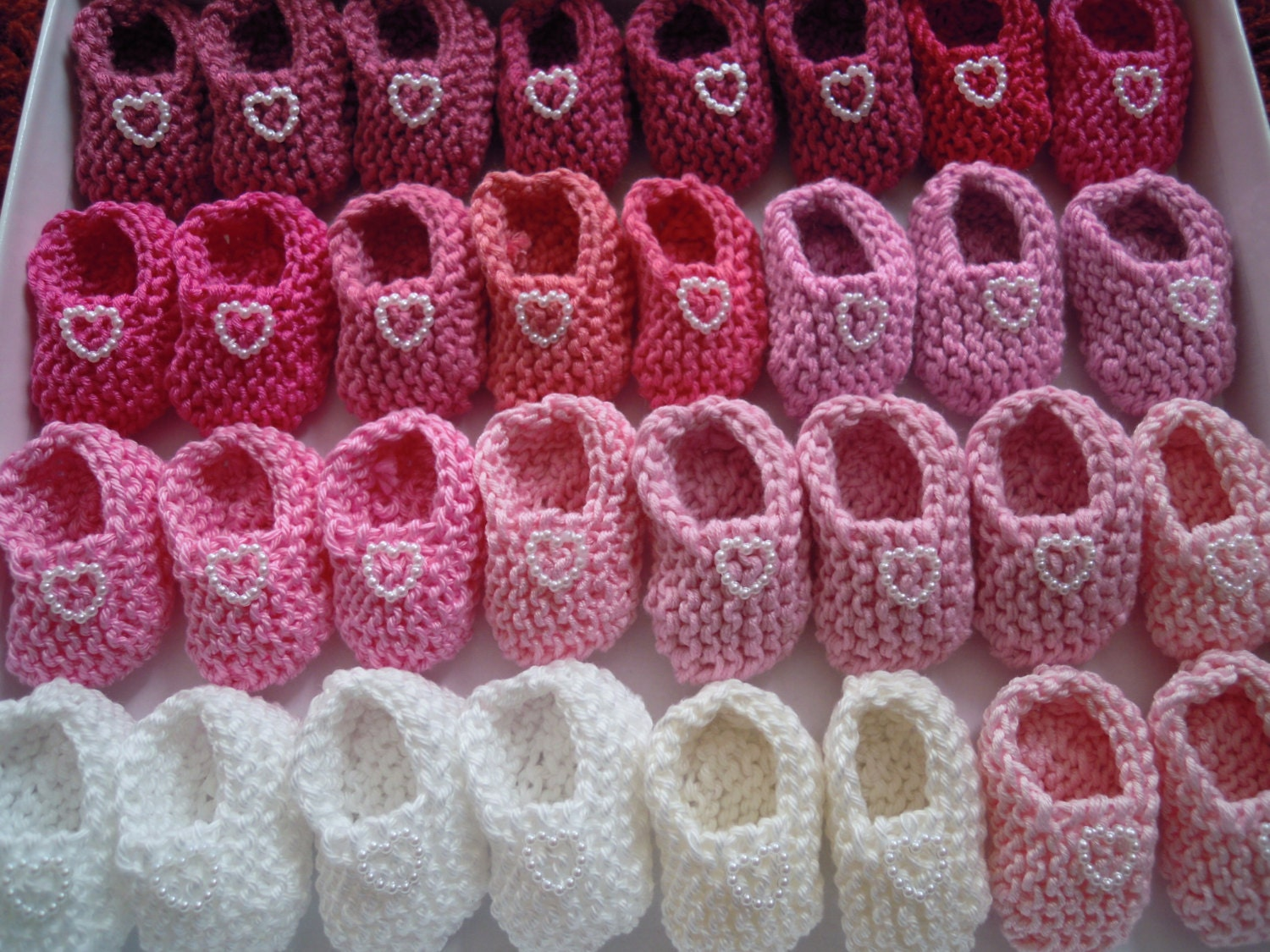 Girl baby shower decorations 4 pairs hand knit pink white for Baby girl shower decoration