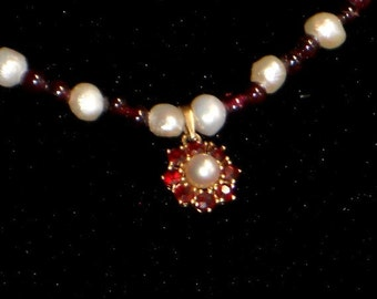 14 K gold, Garnet and Pearl Necklace