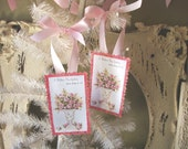Vintage card scrap tags for Mom gift Shabby Chic pink and white flowers pink glittered gift tags for Mother