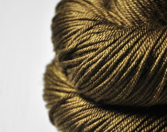 Dried brown algae - Silk/Merino DK Yarn superwash