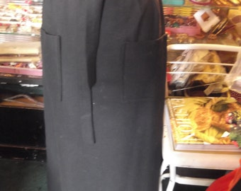 50s/60s black wool straight skirt w sash, petite