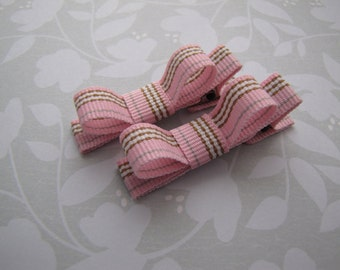 Pink and Pretty . tuxedo bow clippies . toddler hair accessory . pink tan