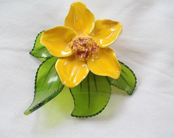 Large Flower Brooch Pin Carved LUCITE & CERAMIC 1940s 1950s Hand Crafted