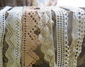 Antique Edwardian Lace and Trim Lot ... collar, cuffs, crochet and flouncy ecru