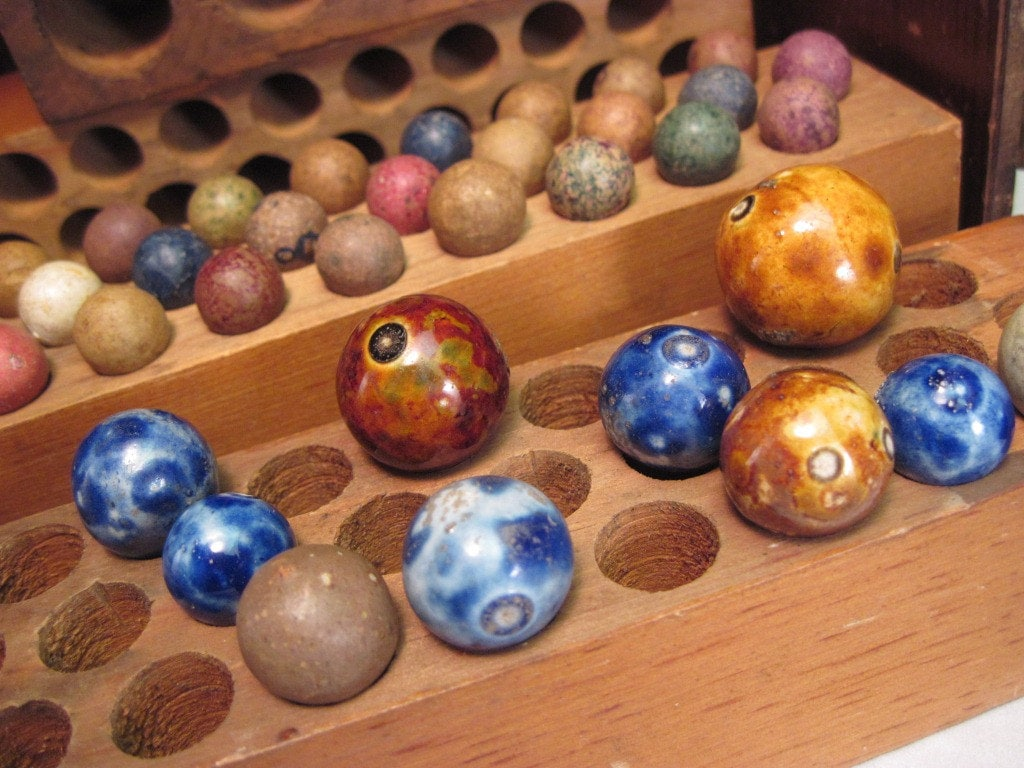 Antique Marbles Lot Of Bennington And Clay Peewees With Wooden